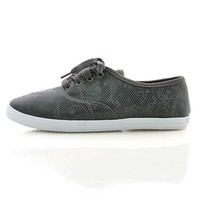 Tip Toe Canvas Sneakers