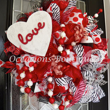 Valentine's Wreath, Valentine's Decoration, Heart Wreath, Wreath for Door, Front door Wreaths, Large Wreaths, Whimsical, Made to Order