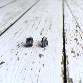 Raw kyanite studs | Blue kyanite crystal earrings | Rough Kyanite silver post earrings | Raw crystal stud earrings | Kyanite post earrings
