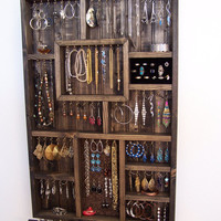 Apartment Jewelry Organizer with Bracelet Bar and Ring Holder