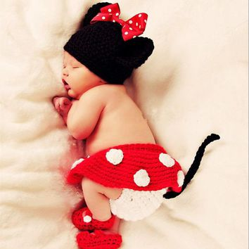 Mickey mouse newborn baby hat hat four - piece suit, hand knitted wool loaded 171123
