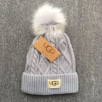 UGG Popular Unisex Personality Winter Warm Knit Hat Cap Grey I