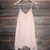 x shophearts - Flower child flowy dress | peach