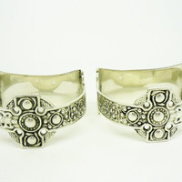 Solid Silver Napkin Rings, IONA, Highland Home Industries, Sterling, Pair, Cased, Scottish, Hallmarked Glasgow 1947 REF:TBA