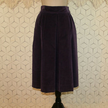 Vintage 70s Purple Velvet Skirt High Waist Midi Skirt Pleated Full Skirt with Pockets Small Medium Womens Skirts 1970s Vintage Clothing