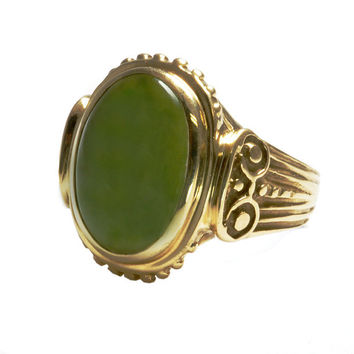Vintage 10kt Gold Jade Ring - Man's Size 9 - Ornate Jewelry - C1970 - Yellow Gold with Nephrite Jade