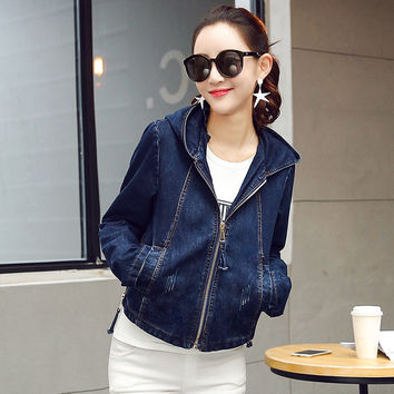 2017 HOT Spring Female Hooded Denim Jacket Women Coat Female Outerwear Clothing Windbreak Jacket Jean Zipper Loose Short Coats