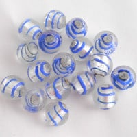 Lot of 5 14mm silver foil round glass beads, crystal beads with blue stripes C6301