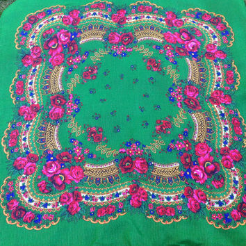 Kelly Green Floral scarf, Russian  Shawl, Gift for Mother, Vintage Retro Scarf, Green Boho gypsy scarf,  Polish platok, Russian  Paisley sha