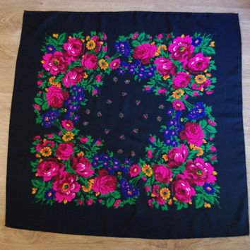 Vintage Black Polish Shawl / Russian Shawl / Ukrainian shawl / Floral square headscarf Flowers Neck scarf neckerchief Babushka kerchief USSR