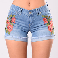 Rosey Feelings Denim Shorts - Light Stone Wash