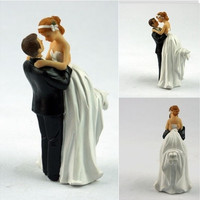 New Bride Groom Couple Dancing Resin Figurine Wedding Cake Decoration (Size: 1, Color: White) [7983232711]