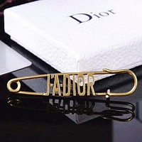 DIOR New fashion letter couple brooch accessories Golden