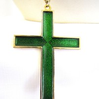 Vintage 80s Green Enamel Cross Pendant Necklace set in gold tone metal
