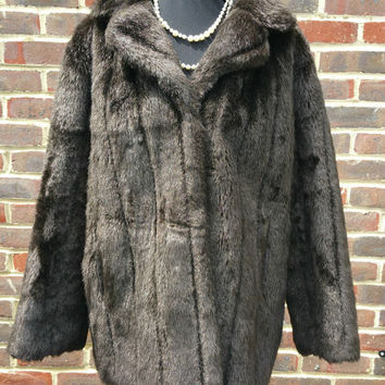 Vintage Faux Fur coat, Ladies Late 1980s by C&A Size 18 - Oversized Loosefit styling with attractive turn back collar - Free Postage