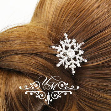 Wedding jewelry Rhinestone snowflake hair pins Bridal headpiece Bridesmaids hair pins Rhinestone hair pins snowflake bobby pins - BELICA