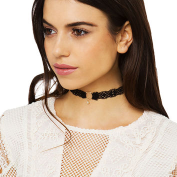 Dainty Lace Choker With Charm - Black/Gold