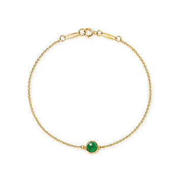 Tiffany & Co. - Elsa Peretti® Cabochon bracelet in 18k gold with green jade.