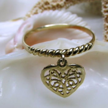 14k Dangle Heart Charm Ring Size 7 Movable 1.03g