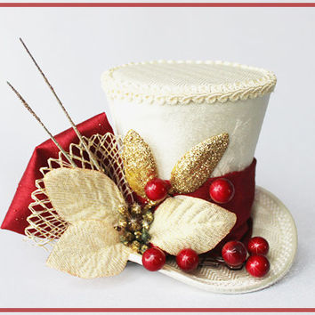 Christmas Mini Hat, Mini Hat Fascinator, Christmas Wedding, Mini Top Hats, Christmas Hair Accessories, Ivory Red Top Hat, Mad Hatter Hat
