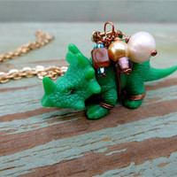 Dinosaur figurine with fresh water pearls and glass beads by AplO