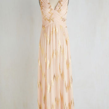 Long Sleeveless Maxi Bolts of Striking Dress