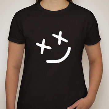 "Louis Tomlinson ""Smiley Face"" Tattoo T-Shirt"