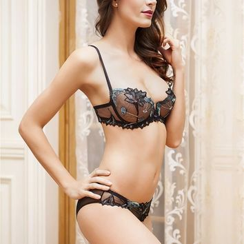 Embroidery Flowers Lace Lingerie Set Transparent Underwear Women Plus Size D Cup Sexy Bra Panty Sets Black Bow