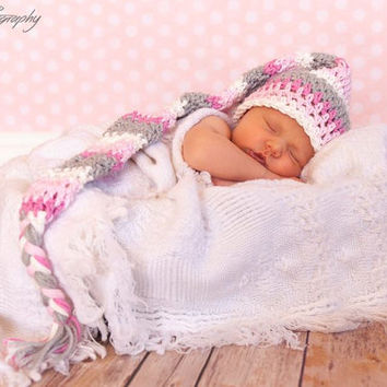 Crochet Pattern- Newborn Photo Prop. Newborn Elf hat. Baby Hat Crochet Pattern. Newborn Crochet Hat Pattern