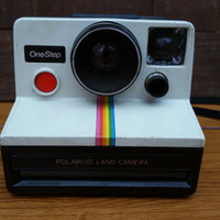 Vintage Polaroid One Step White Rainbow Land Camera