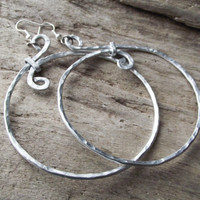 "Aluminum Jewelry Big Hoop Hammered Earrings Circle Unique Silver - ""Bombshell"""