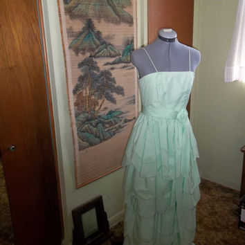 REDUCED 1970s Green Prom Formal Evening Dress Gown