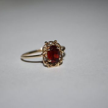 Size 6.5- 10K Heirloom Gold Vintage, Filigree Garnet Ring  - FREE US Shipping