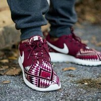 New Lower Prices aztec nike roshe women maroon For Sale Cheap Pice From China