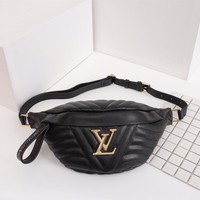 HCXX 19June 404 Louis Vuitton LV BUMBAG Wave 37-14-13 black