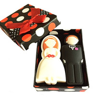 FEBNISCTE Wedding Gifts USB Flash Drive 8GB - a Groom & a Bride
