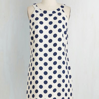 Vintage Inspired Mid-length Sleeveless Shift Dream Dot Dress