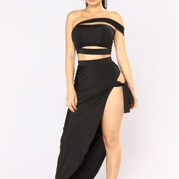 Cairo Cutout Skirt Set - Black