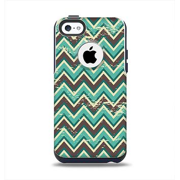 The Vintage Green & Tan Chevron Pattern V4 Apple iPhone 5c Otterbox Commuter Case Skin Set