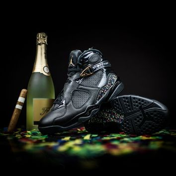 Air Jordan 8 Retro C&C (Black/Metallic Gold-Anthracite)