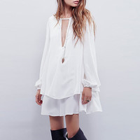 White Cut-out Front Double Layered Chiffon  Trapeze Dress