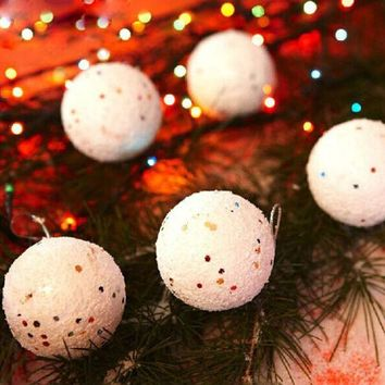 PEAPGB2 12PCS Diameter 4CM Christmas Snowball Balls Party Ornaments Christmas Tree Hanging Christmas Decorations for Home GM367