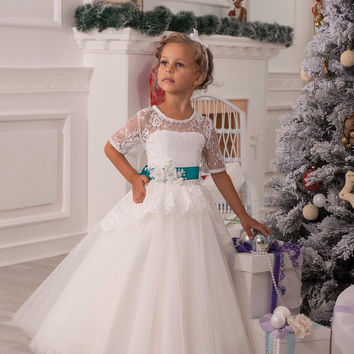 Stunning Elegant Lace Appliques HAlf Sleeves Ruffles Floor Length Heirloom White Holy Communion Kids Dresses 0-12 Y Girls Gowns