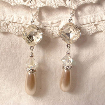 Vintage Art Deco Champagne Pearl & Crystal Antique Silver Flapper Bridal Dangle Earrings Downton Abbey 1920s Great Gatsby