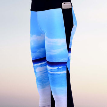 Beach blue sky Side pocket Capri Yoga Pants