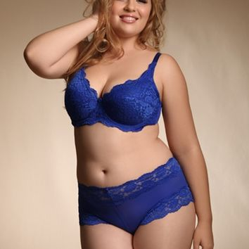 Plus Size Lingerie | Plus Size Bras | Soft Lace Plus Size Bra | Hips & Curves