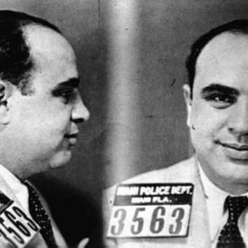 Al Capone Mug Shot Poster Standup 4inx6in black and white