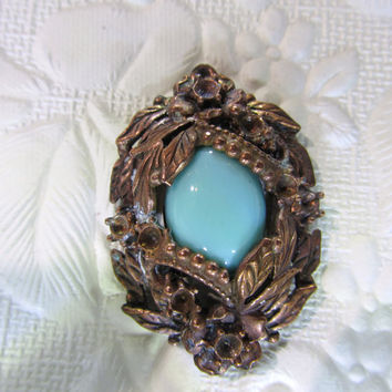 Vintage Jewelry Pendant of Unique Antique styling by DLSpecialties