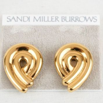 Sandi Miller Burrows Earrings Gold Tone Clip On Signed 1 3/8 in x 1 in Geometric