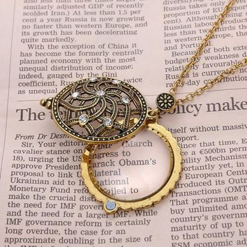Hollow Flower Magnifier Pendant Necklace